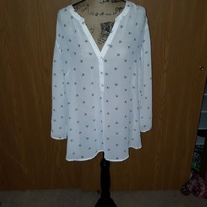 Maurices size 3 white blouse with small doves.